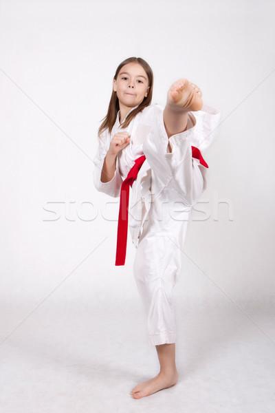 Zdjęcia stock: Karate · młoda · dziewczyna · kimono · czerwony · pasa