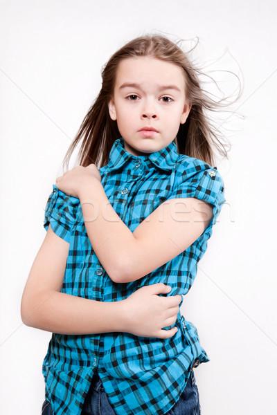 Huilen jong meisje Blauw moderne shirt Stockfoto © maros_b