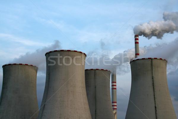 Industrielle paysages nuages bâtiment fumée bleu Photo stock © martin33