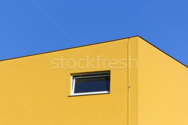 Geel gebouw detail blauwe hemel huis bouw Stockfoto © martin33