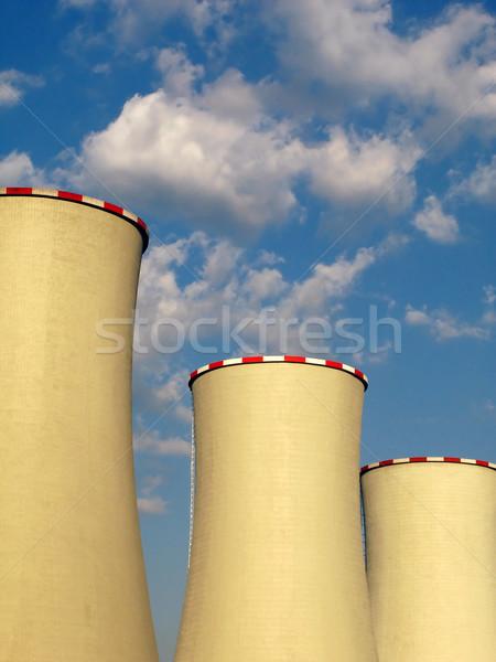 Koeling wolken fabriek energie macht Stockfoto © martin33