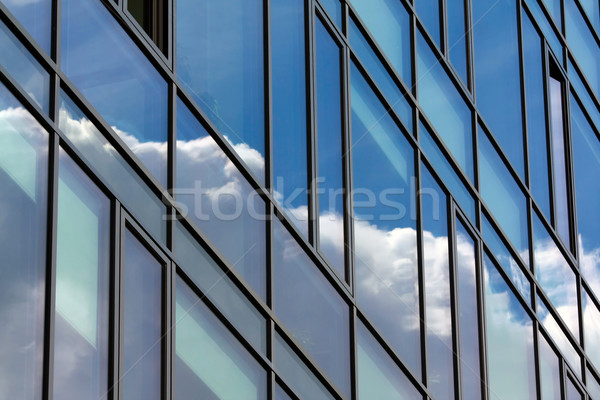 Gökyüzü yansıma bulutlar Bina arka plan mavi Stok fotoğraf © martin33