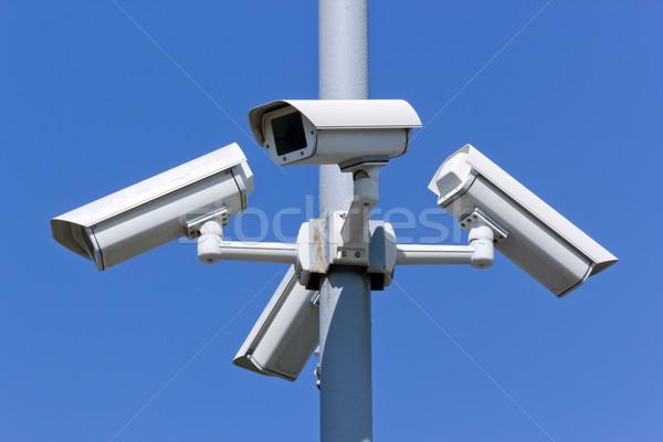 Veiligheid camera vier blauwe hemel straat technologie Stockfoto © martin33
