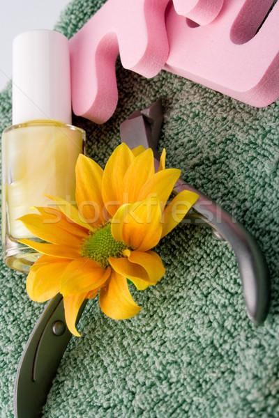 Pedikűr szépség szett virág törölköző kezek Stock fotó © marylooo