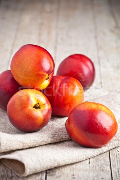Friss rusztikus fa deszka étel gyümölcs narancs Stock fotó © marylooo