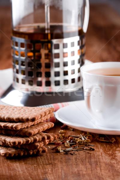 Francés prensa taza té de hierbas frescos cookies Foto stock © marylooo