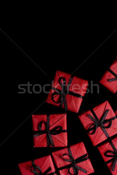 Piros ajándékdobozok sok fekete papír szeretet Stock fotó © marylooo