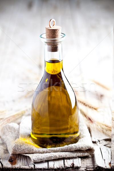 Frescos aceite de oliva botella rústico vidrio Foto stock © marylooo