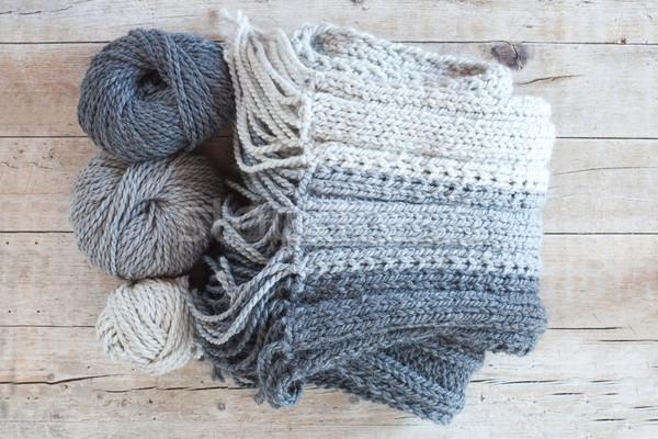 Wol grijs sjaal garen houten Stockfoto © marylooo