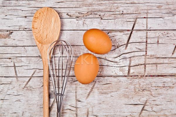 Cuchara alambre batidor dos marrón huevos Foto stock © marylooo