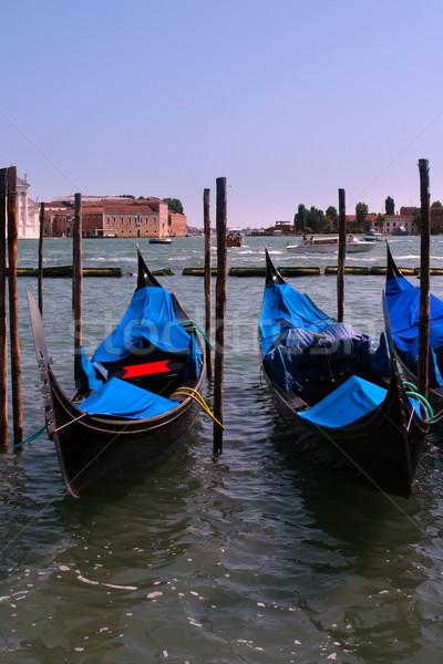 Venedik geleneksel su kırmızı siyah tuğla Stok fotoğraf © marylooo
