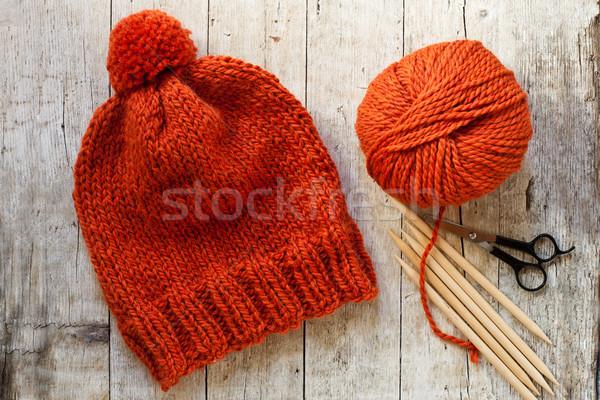 Wol oranje hoed naalden garen Stockfoto © marylooo
