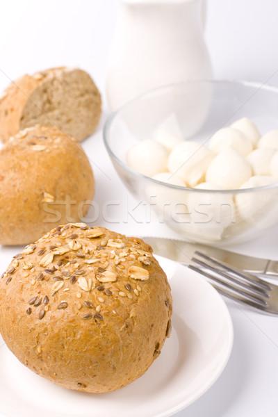 Ekmek süt mozzarella beyaz plaka Stok fotoğraf © marylooo