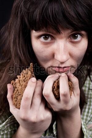 Pobre mendigo mulher peça pão retrato Foto stock © marylooo