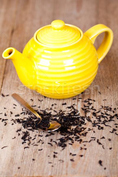 Theepot lepel thee Geel houten tafel metaal Stockfoto © marylooo