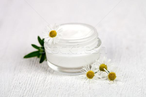 Pojemnik krem biały strony twarz Zdjęcia stock © marylooo