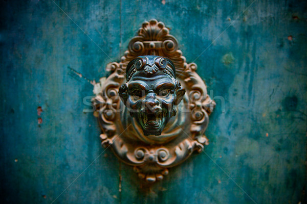 Starych drzwi uchwyt Wenecja Włochy budynku Zdjęcia stock © marylooo