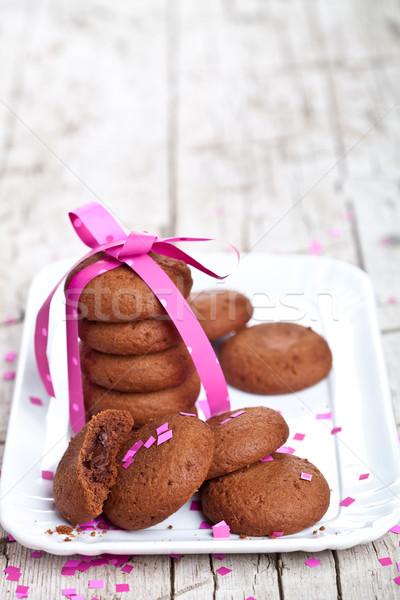 新鮮な チョコレート クッキー ピンクリボン プレート 素朴な ストックフォト © marylooo