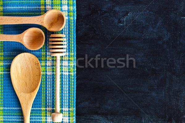 Masa örtüsü tahta ahşap tablo yeşil Stok fotoğraf © marylooo