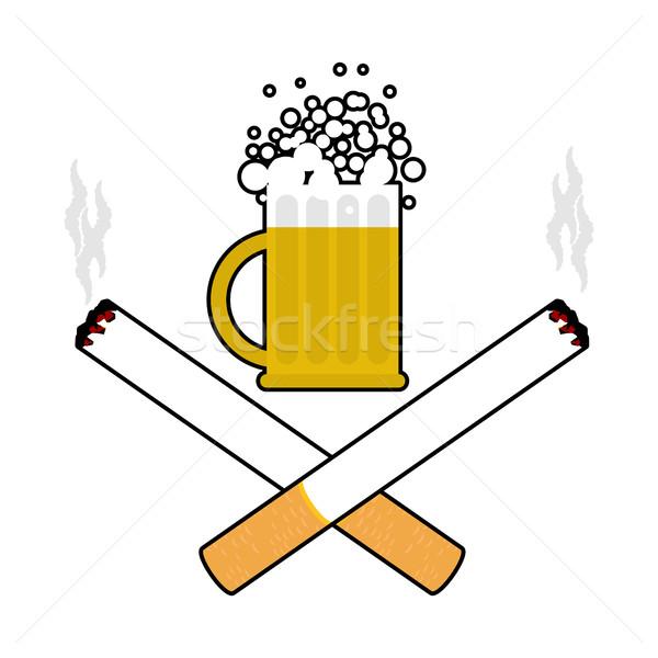 Cerveja cigarros álcool fumador assinar logotipo Foto stock © MaryValery