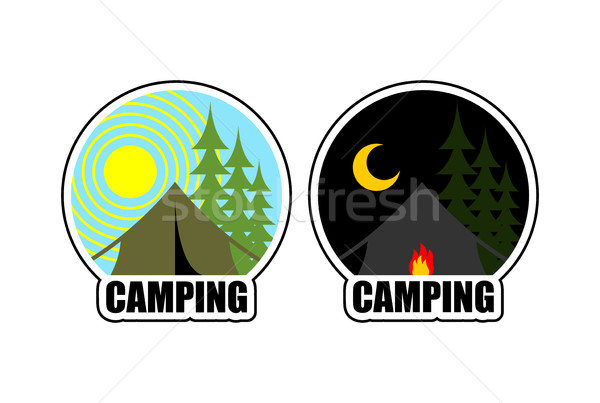 Camping logotipo dia noite paisagem tenda Foto stock © MaryValery