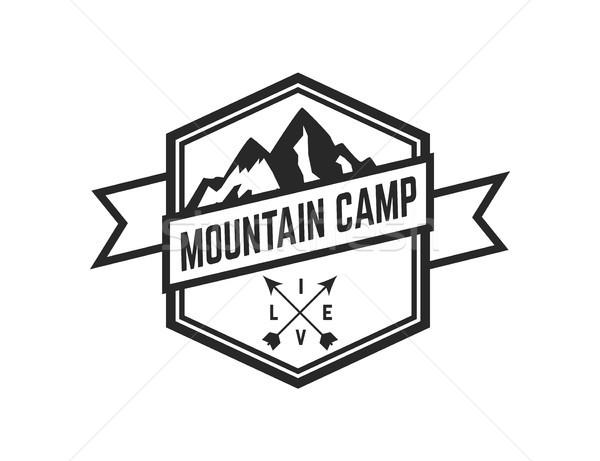 Montana campamento emblema plantilla logo Foto stock © masay256