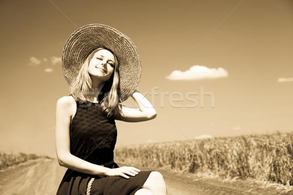 Solitário menina mala estrada rural foto velho Foto stock © Massonforstock