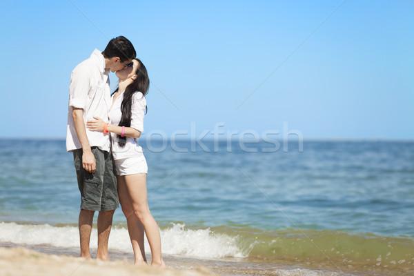 Foto stock: Belo · casal · beijando · praia · menina · feliz