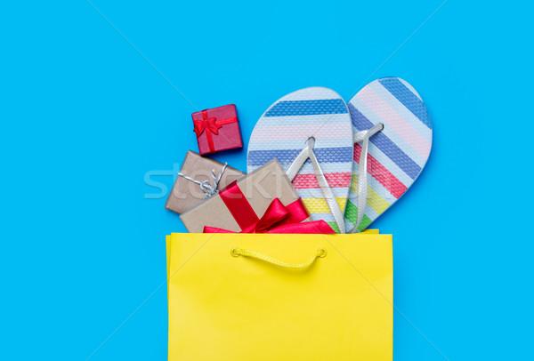 Kolorowy sandały prezenty torbę na zakupy wspaniały niebieski Zdjęcia stock © Massonforstock
