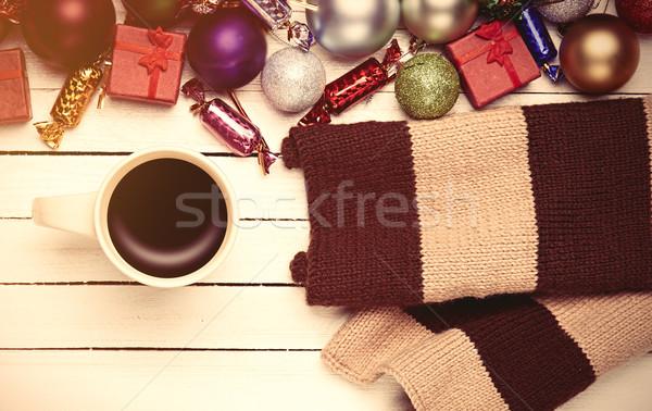 Tasse café écharpe Noël jouets lumière Photo stock © Massonforstock