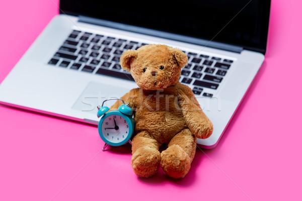 Güzel sevimli oyuncak ayı çalar saat serin dizüstü bilgisayar Stok fotoğraf © Massonforstock