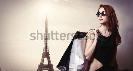 Gyönyörű fiatal nő áll csodálatos Eiffel Eiffel-torony Stock fotó © Massonforstock