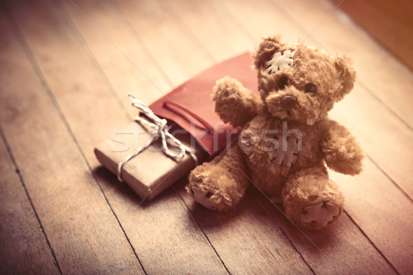 Cute cadeau Nounours cool rouge panier Photo stock © Massonforstock