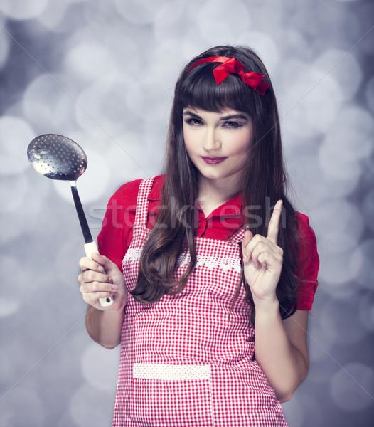 Stockfoto: Brunette · huisvrouw · soep · pollepel · mode · home