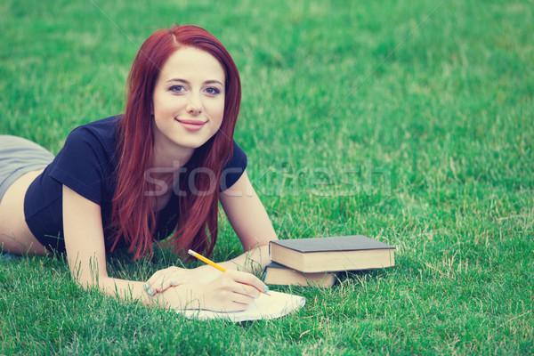 Stok fotoğraf: Kız · indie · stil · elbise · kitaplar · genç · kız