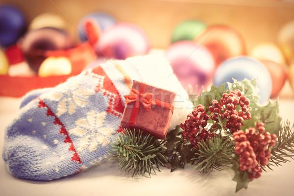 Eldiveni hediye kutusu Noel ışıklar kutu oyuncak Stok fotoğraf © Massonforstock