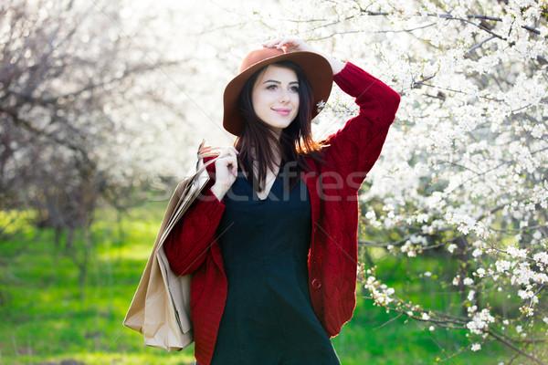 Mooie jonge vrouw permanente prachtig Stockfoto © Massonforstock