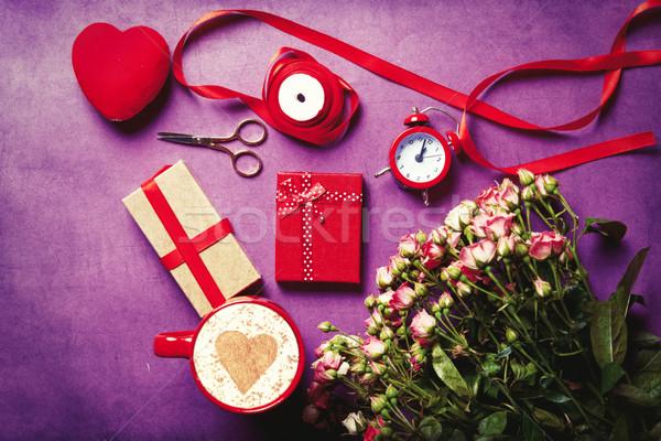 букет роз Кубок капучино красивой цветок Сток-фото © Massonforstock