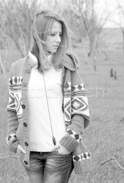 Fiatal divat lány fejhallgató tavasz feketefehér Stock fotó © Massonforstock