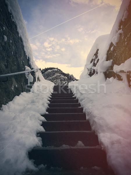 Foto scale inverno meraviglioso montagna costruzione Foto d'archivio © Massonforstock