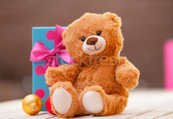 Oyuncak ayı hediye küçük gülümseme kırmızı oyuncak Stok fotoğraf © Massonforstock