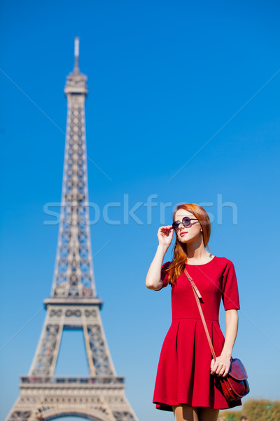 Güzel genç kadın Eyfel Kulesi Paris Fransa mavi Stok fotoğraf © Massonforstock