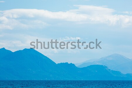 Photo cute faible navire distance mer Photo stock © Massonforstock