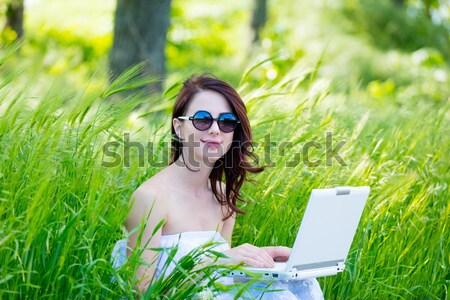 Kız indie stil elbise dizüstü bilgisayar genç kız Stok fotoğraf © Massonforstock