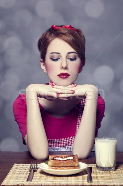 Stok fotoğraf: Güzel · kız · tost · kefir · gıda · saç · zaman
