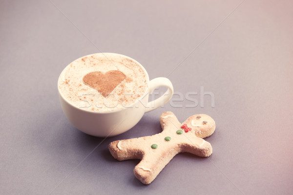 Gingerbread man fincan kalp şekli kakao gri Stok fotoğraf © Massonforstock