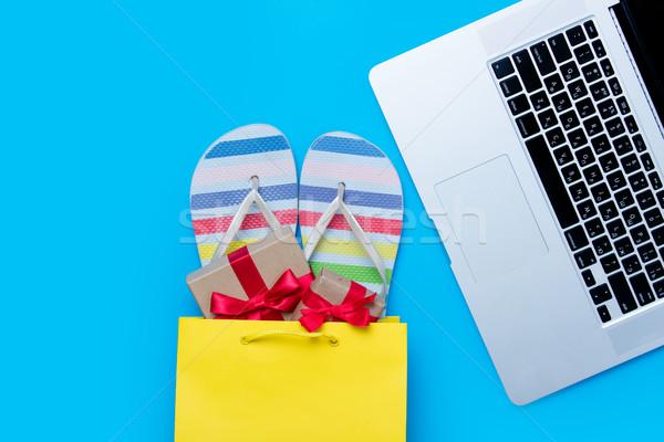 Colorido sandalias regalos bolsa de la compra fresco portátil Foto stock © Massonforstock