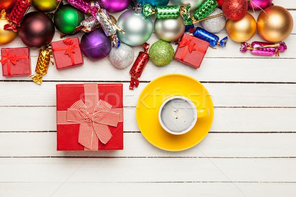 Fincan kahve hediye güzel Noel süslemeleri Stok fotoğraf © Massonforstock