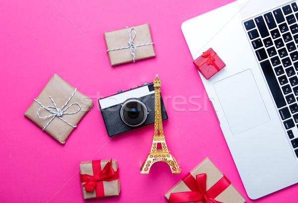 Gyönyörű Eiffel-torony alakú játék aranyos ajándékok Stock fotó © Massonforstock