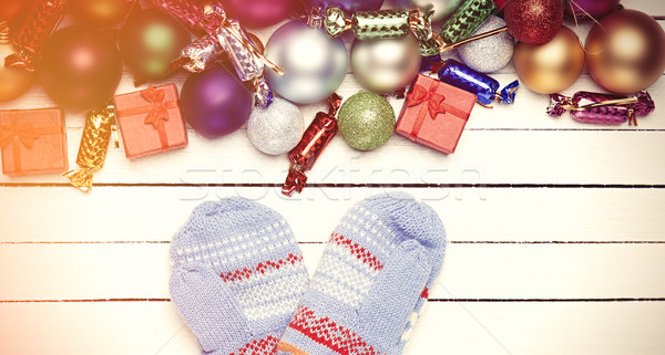 Muffole Natale regali sfondo arte finestra Foto d'archivio © Massonforstock